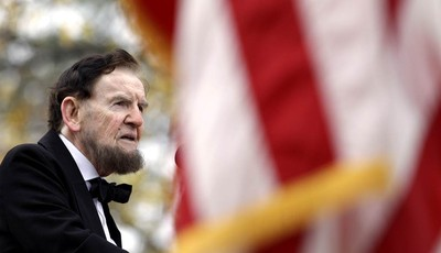 Jim Getty, portraying President Abraham Lincoln, delivers his rendition of the Gettysburg Address during a ceremony to mark the 149th anniversary of Lincoln