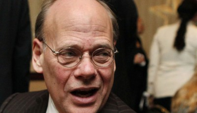 FILE - In this Jan. 13, 2010 file photo, Rep. Steve Cohen, D-Tenn., left, speaks in Washington. Sometimes, congressmen just want to have fun. Cohen says he wasn't flirting with singer C