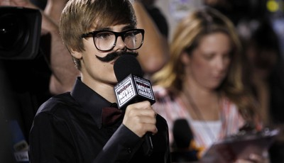FILE - In this Friday, Jan. 14, 2011 file photo, Justin Beiber is seen interviewing on the red carpet at the 16th Annual Critics