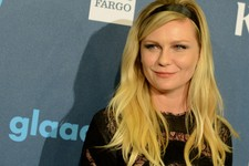 -                Kirsten Dunst arrives at the 24th Annual GLAAD Media Awards at the JW Marriott on Saturday, April 20, 2013 in Los Angeles. (Photo by Jordan Strauss/Invision/AP)