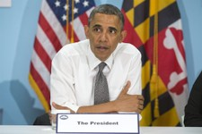 "-                President Barack Obama attends a roundtable at the Center for Urban Families (CFUF) in Baltimore, Friday, May 17, 2013, during his second ""Middle Class Jobs and Opportunity Tour"". CFUF"