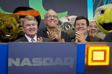 -                Atlantic Coast Conference  commissioner John Swofford, far left, Syracuse basketball coach Jim Boeheim, second from left, NASDAQ head of listings Bob McCooey, second from right, and  Vi