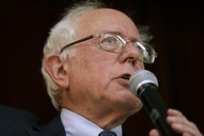 Bernie Sanders: Fundraising Machine?