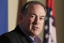 Mike Huckabee To Visit California Section of U.S.-Mexico Border Saturday