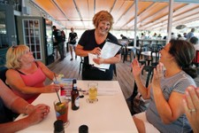 Maine Governor's Wife Working Summer Job As Waitress