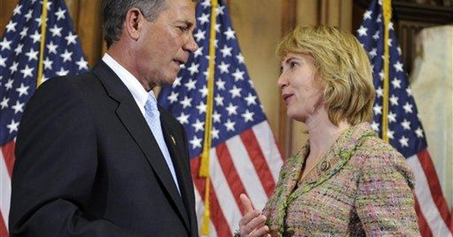 Giffords moves arms, survival odds at '101 pct'