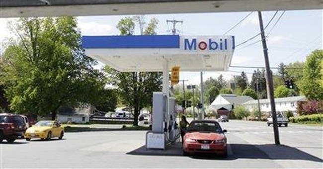 Prices at gas pump painful for 4 in 10 Americans