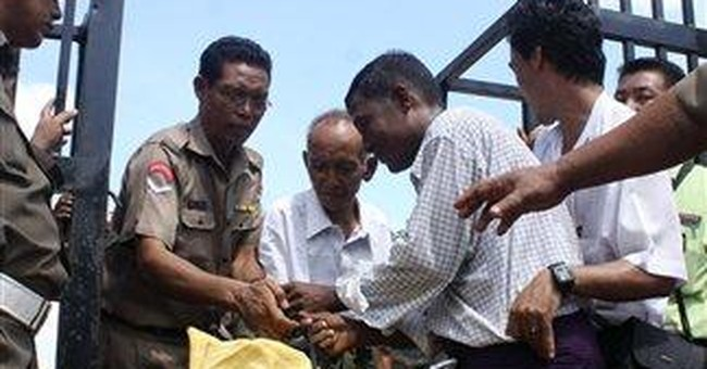 Myanmar releases dissidents, keeps many locked up