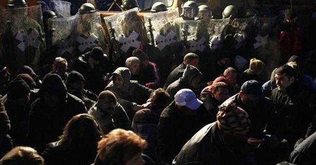 NATO moves to remove Kosovo Serb roadblocks