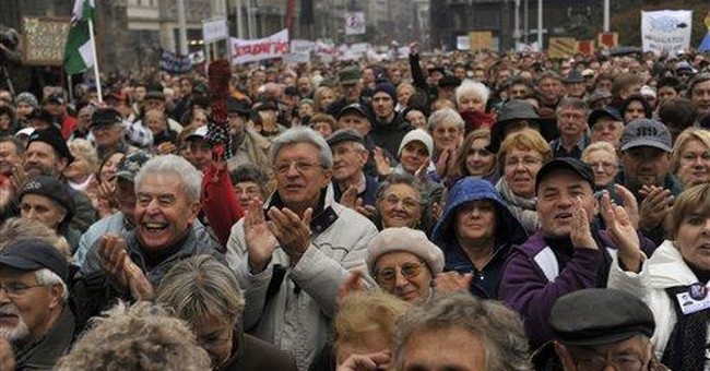 Tens of thousands in Hungary protest govt policy