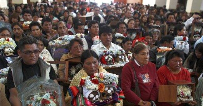 Day of Skulls: Bolivians take skulls to cemetery