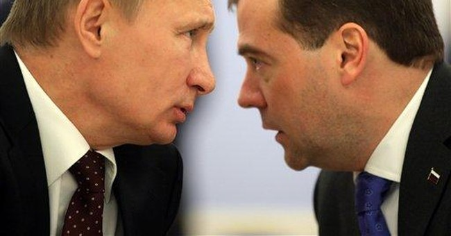 Poll predicts Putin's party to get just 53 percent
