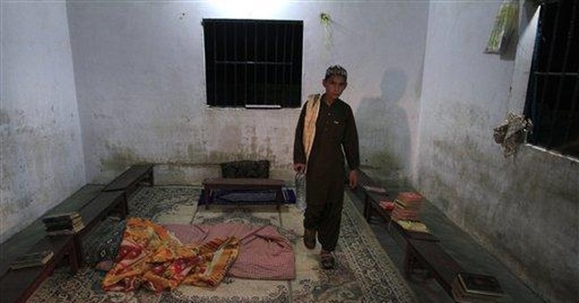 Pakistani police uncover chained rehab patients