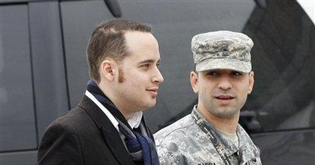 Defense rests case in WikiLeaks military hearing