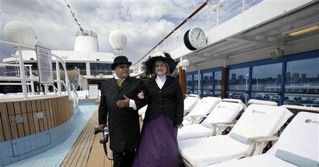 Ships on opposites sides of ocean on Titanic trips