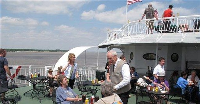 Riverboat resumes nostalgic cruises on Mississippi
