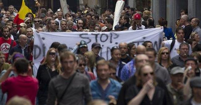 Dutch try ban on some tourists buying marijuana
