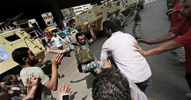 Fierce clashes stoke tensions ahead of Egypt vote