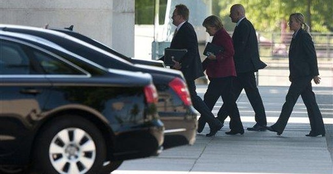 German opposition: Merkel embraces growth pact