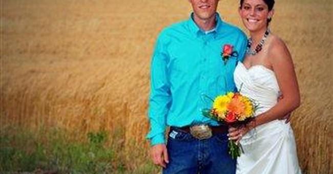 Tornado doesn't stop Kansas couple's wedding day