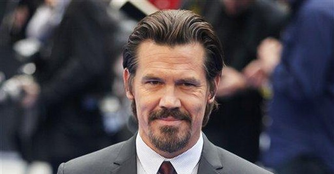 'MiB' co-star Brolin rejuvenates Jones' Agent K