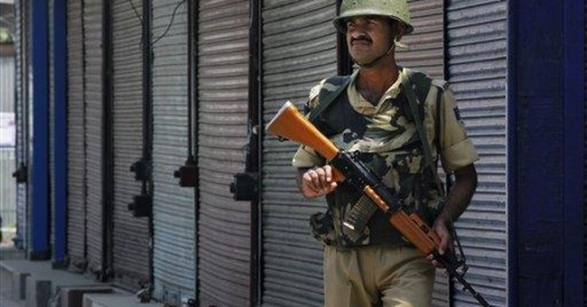 Indian Kashmir shuts to honor protesters' deaths