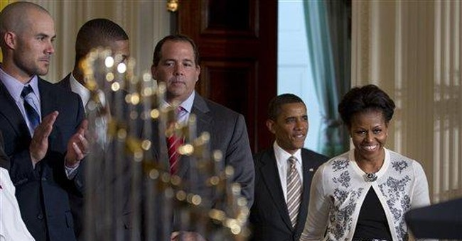 Obama takes first lady out to celebrate birthday