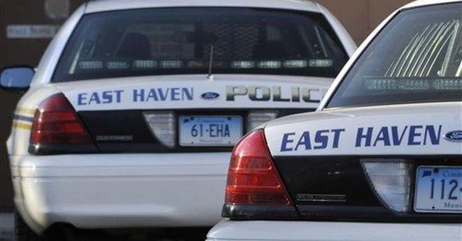FBI arrests 4 police officers in Conn. bias probe