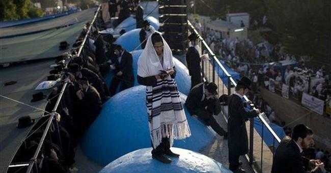 Israelis flock to sages' tombs seeking miracles