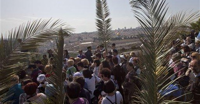 Christians mark Palm Sunday in Jerusalem