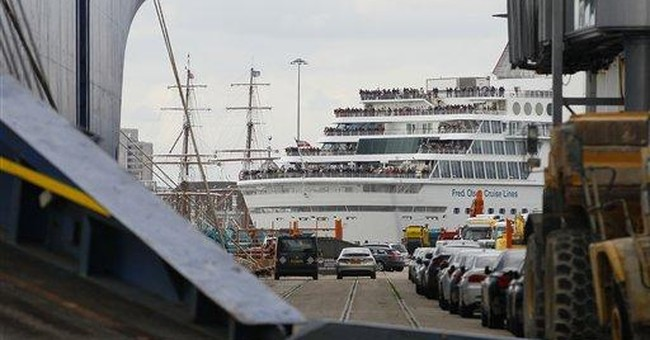 Titanic memorial cruise delayed by strong winds