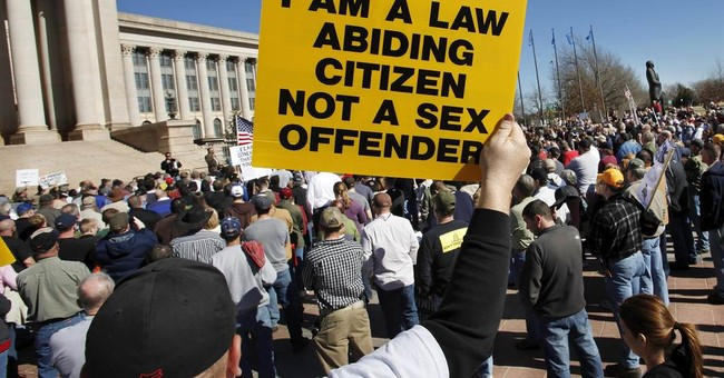Thousands rally against stricter gun control in US