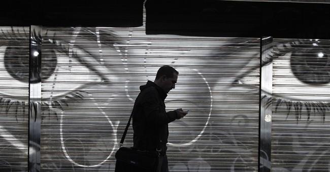 Report: NSA tracks billions of cellphones daily