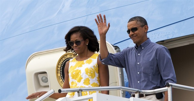 Unreal: Obamas' Dog Arrives on Own Flight for Martha's Vineyard Vacation