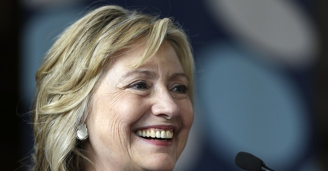 35d77e99-2c22-4878-90ff-bdf9353c9fbc As 2016 looms, Clinton Trys to keep up with supporters