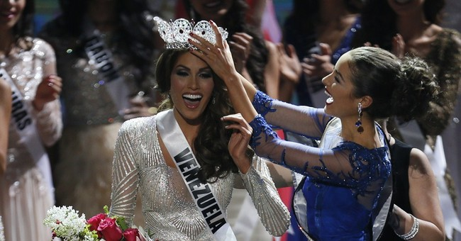 Venezuelan Political Foes Agree: Miss Universe is Beautiful