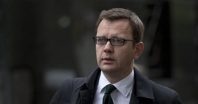 Coulson denies hearing hacked Daniel Craig message