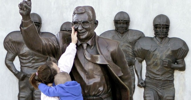 Penn St. fans plan new statue of Joe Paterno