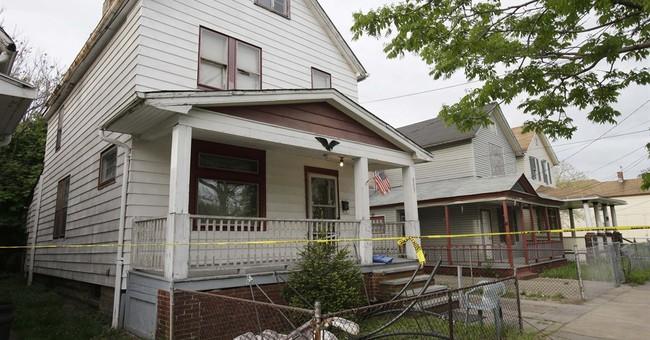 Ohio women held captive seek Joan Rivers' apology