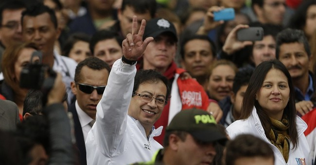 Colombia president reinstates ousted Bogota mayor