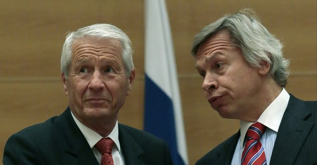 US, EU hit Russia with new sanctions over Ukraine