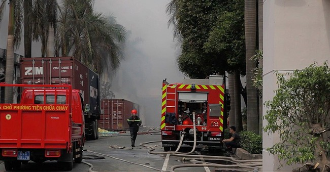 Factories burned in anti-China protest in Vietnam