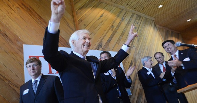Neck and neck in Miss.: Tea party pursues Cochran