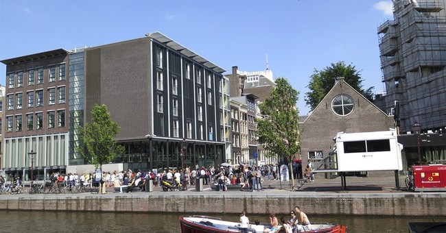 Extra security at Jewish buildings in Amsterdam