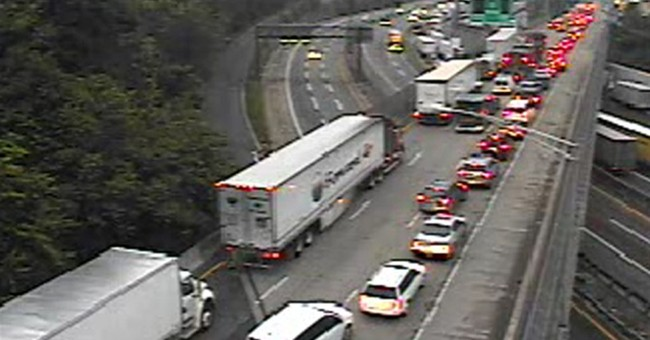 George Washington Bridge reopens after truck wreck