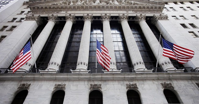Stocks fall on so-so economic news, Iraq turmoil