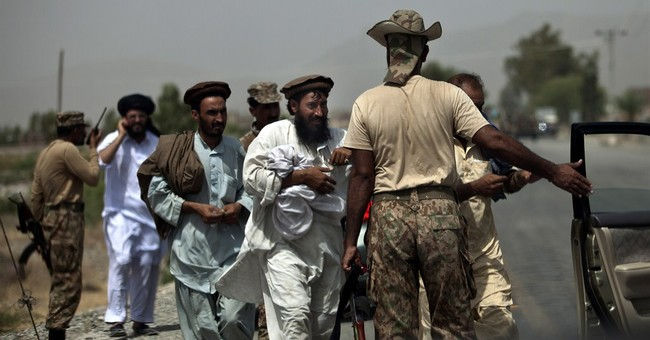 Pakistanis flee tribal area as curfew eased