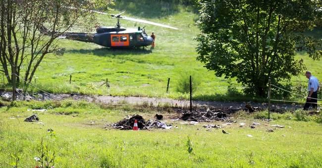 2 pilots presumed dead in German mid-air crash