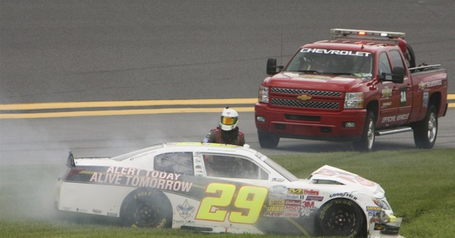Rain causes 7-car wreck in Nationwide qualifying