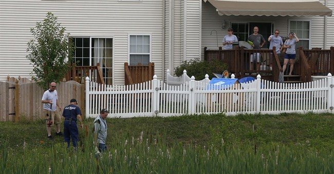 Officials: Gasoline caused mystery odor in homes